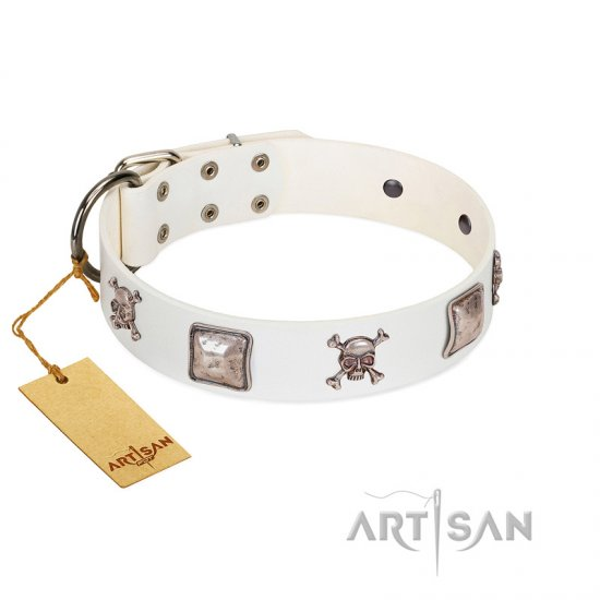 """Pirate Sloop"" Handmade FDT Artisan Designer White Leather Newfoundland Collar with Crossbones"