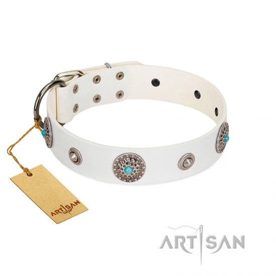 """Lush Life"" Designer Handcrafted FDT Artisan White Leather Newfoundland Collar with Blue Stones - Click Image to Close"