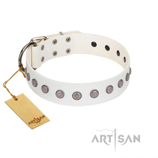 """Flower Boom"" FDT Artisan White Leather Newfoundland Collar"