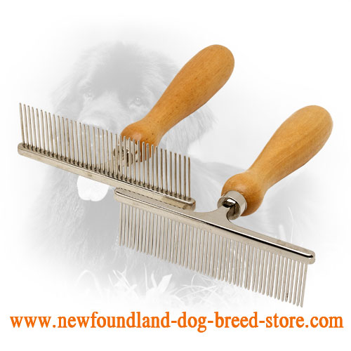 Newfoundland Comb with Reliable Wooden Handle
