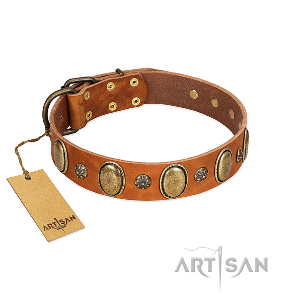 Easy wearing quality genuine leather dog collar with decorations
