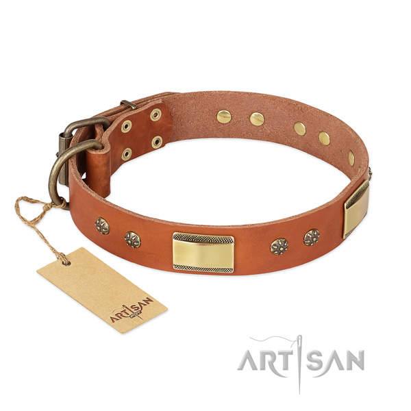Convenient full grain genuine leather collar for your doggie