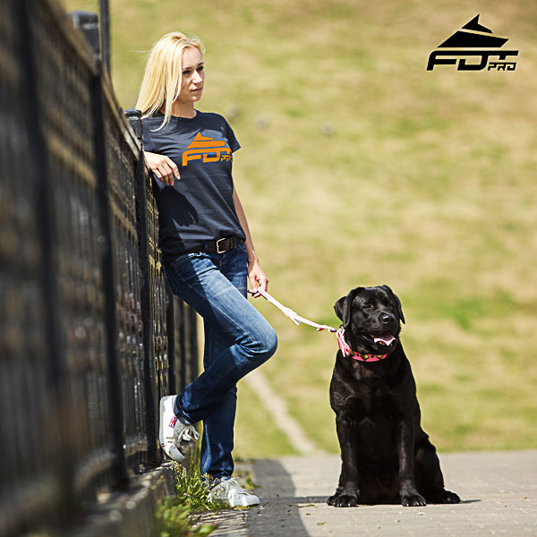 Women T-shirt of Top Quality Cotton for Dog Walking